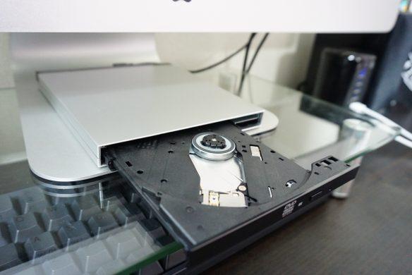 ロジテック ポータブルDVDドライブ iMac