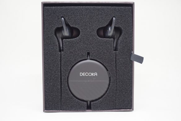 Decoka アクティブノイズキャンセリングイヤホン DK100