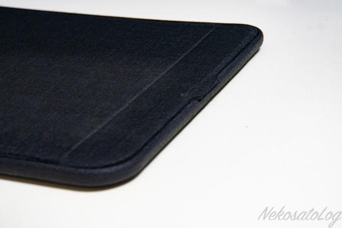 Incase ICON sleeve for MacBook